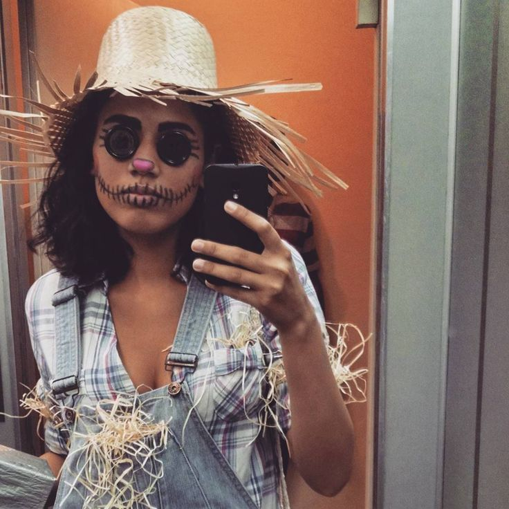 """24 curtidas, 1 comentários - Amanda Sotero (@amandasotero) no Instagram: """"Eu, espantalha."""""""