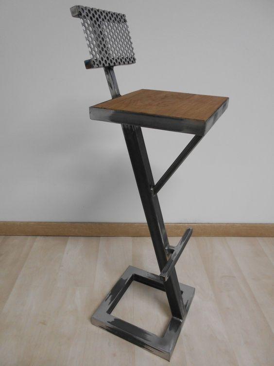 Tabouret de bar style industriel metal bois creation artisanale dossier  tole perforee 2 4368fb22eb3a