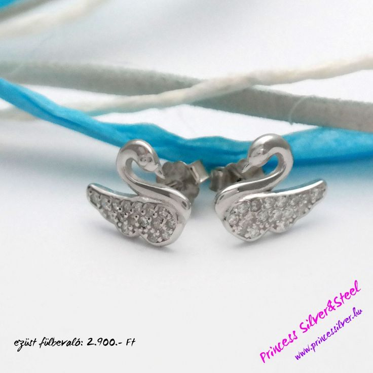 Elegáns hattyú, ezüst fülbevaló