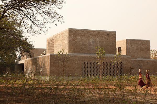 Ahmedabad House, 2014 -  © Bijoy Jain I Studio Mumbai