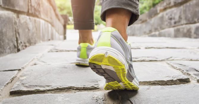 Combien de minutes faut-il marcher pour maigrir ? : http://www.fourchette-et-bikini.fr/sport/combien-de-minutes-faut-il-marcher-pour-maigrir-41542.html