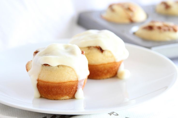 Cinnamon Roll Fluffy Pancake Cups  |  These would be cute for a brunch or shower!  ~