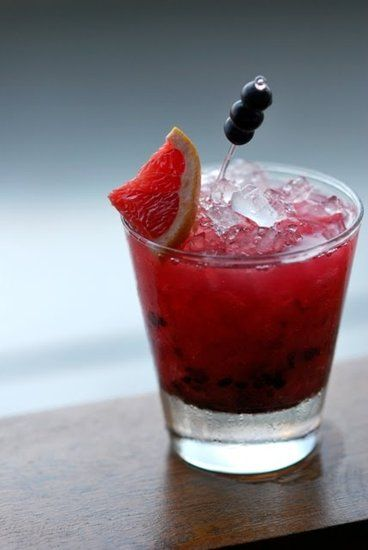 A Berry (Low-Cal) Happy Hour: Tequila Bramble: Low Calories Cocktails, Blackberries Liqueurs, Cocktail Recipes, Tequila, 200 Calories, Fresh Blackberries, Warm Weaths, Drinks, Cocktails Recipe