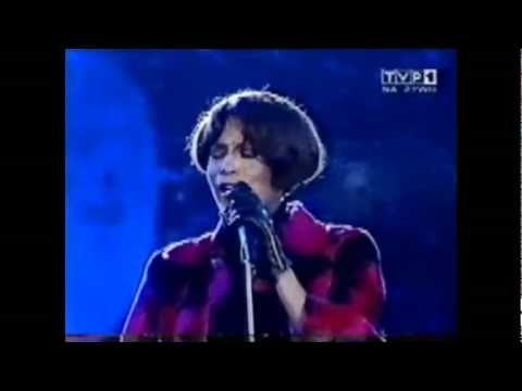 I Love The Lord (Flawless!) - Whitney Houston Live in Poland 1999...ok this one gives me goosebumps :)