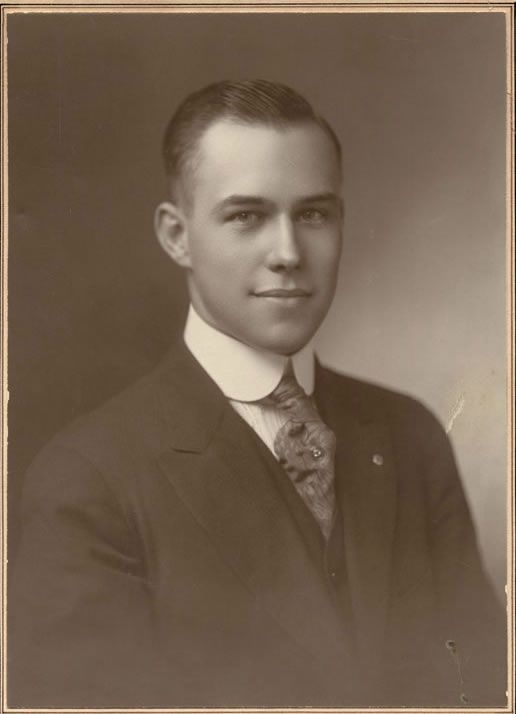 This lovely southern gentleman isHarry T. Burn; the man who was the deciding vote in passing the 19th amendment, giving women the right to vote on August 18, 1920. Tennessee-born, woman-respecting, and just that gosh darn attractive? Well I don't mind if I do.