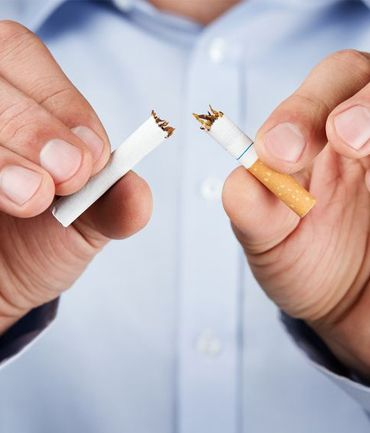 ARRET DU TABAC SANS PRISE DE POIDS SE LIBERER DE LA CIGARETTE, VAINCRE LA DEPENDANCE  La luxopuncture, en stimulant le système hormonal, a pour but de : diminuer les compulsions et l'envie de fumer atténuer les manifestations du manque (nervosité, irritabilité, excès d'appétit) calmer l'irritation de la sphère ORL causée par la fumée afin que fumer devienne ensuite désagréable, engendrant un goût métallique dans la bouche, irritant la gorge…