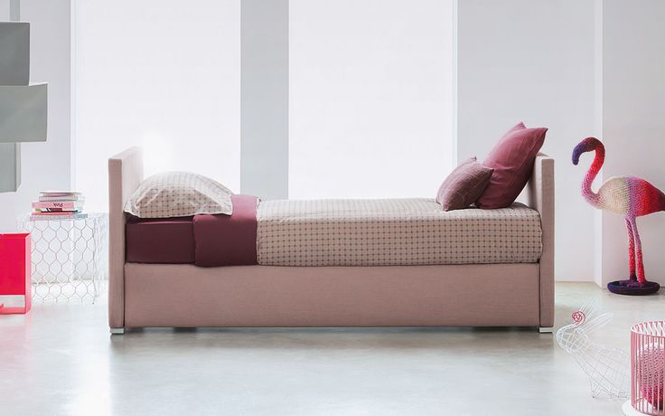 Biss http://www.flou.it/it/products/beds/biss_73 #flou #bed #beds #colors #spring