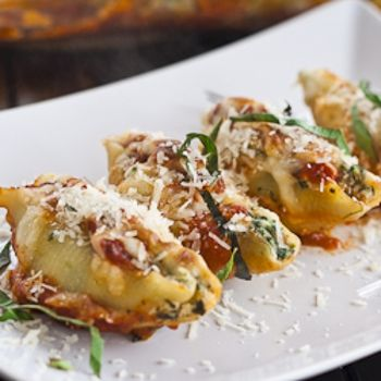 Cheese And Spinach Stuffed Jumbo Shells