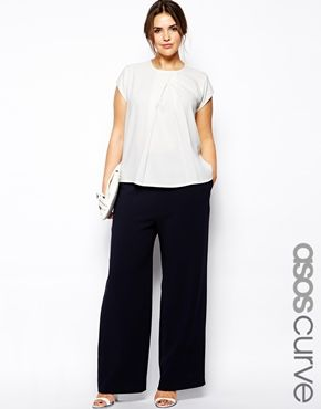 I always dig this easy-breezy look, but it's generally bad on me. You wear it! ASOS CURVE Pant With High Waist In Wide Leg