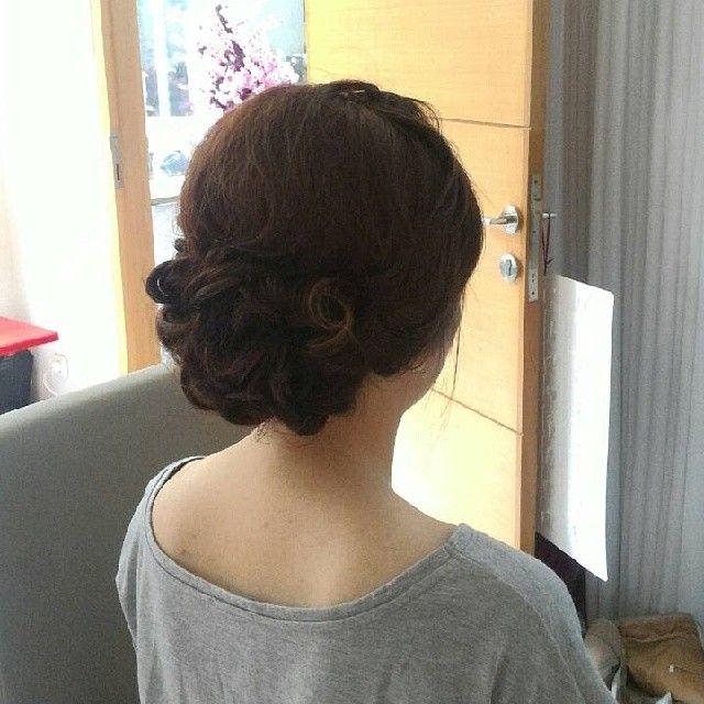 Cari professional makeup artist & hairdo untuk moment special kamu?? Yang bisa datang ke lokasi anda?  Present make up artist and hairdo @itastylist @itastylist Cp : sms/wa 082119133413 Line itastylist Bbm 5459CCB4  Don't miss it  #weddinghijab #bridalsurabaya #bridalsby #bridalbali #hairdosurabaya #hairdobali #makeuppengantinsurabaya #tipsmakeup #makeupbride #surabayamakeupartist #makeuphijabs #riashijab #muaprawedding #riasprewedding #riaswajah #riaswisuda #makeupflawless #makeupwedding…
