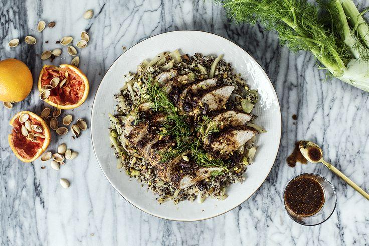 Dejlig nem svinemørbrad med quinoa, fennikel og figner. Denne opskrift tager kun 45 minutter at lave og har du mange gæster kan du snildt mangedoble den.