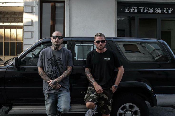 @elia_tattooarmy e @nexcassel per IN.COR  INCOR ARMY disponibile qui : goo.gl/vmZESK  #incor #brand #italy #italia #torino #italianbrand #incaseofrevolution #graphic  #shooting  #new #marchio #streetwear  #incormood #revolution #vscocam #wear #street #tshirt #tee  #tattoo #artist