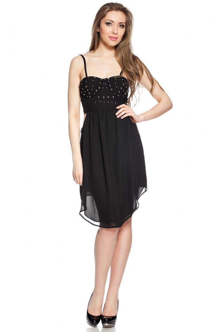 Daca vrei o piesa vestimentara diferita, esti o iubitoare a corsetului si vrei sa fi #trendy, atunci rochia #corset cu tinte neagra ANIELA poate fi perfecta pentru tine.