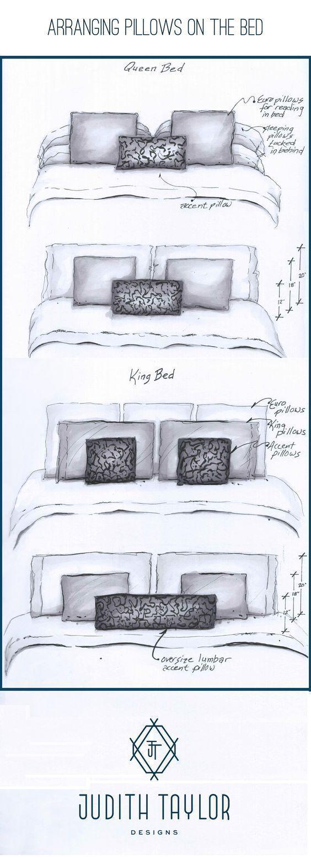 Judith Taylor Designs Anordnen von Kissen auf einem Bett zur Innenarchitektur