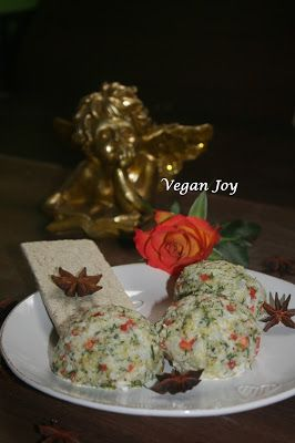 vegan joy: Cauliflower and broccoli pate