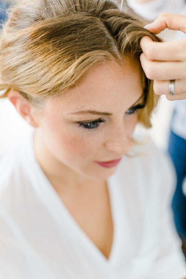 getting ready #fotograf #freising #hochzeit #münchen #munich #wedding #ingolstadt #bride #braut #shooting #schminken #heiraten #makeup #hochzeitsfotograf