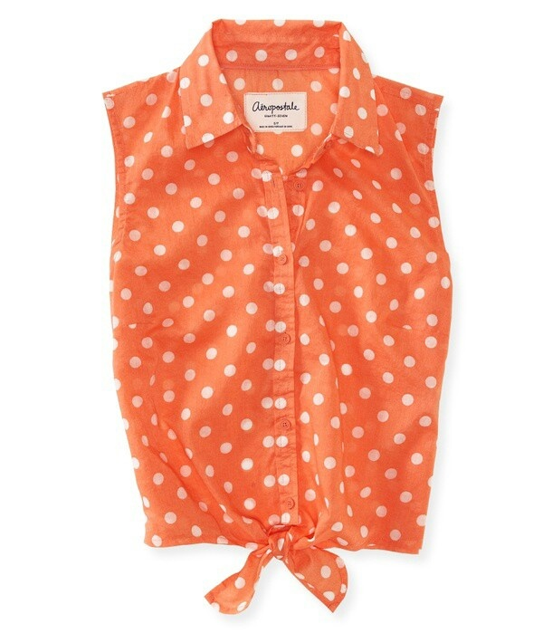 I would match this with a pair of dark denim jeans or a dark jean skirt! Super cute top! :)