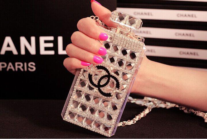 シャネル iphone7s plus ケース 香水瓶シャネル CHANEL iphone 7 ケース シャネル アイホンx ケース シリコン製 CHANEL アイフォン 8 香水瓶 ケース iphone8 plus 芸能人愛用 斜めチェーン付き