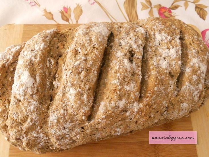 Amo molto questa ricetta! Il pane integrale con kefir e semi di lino è una