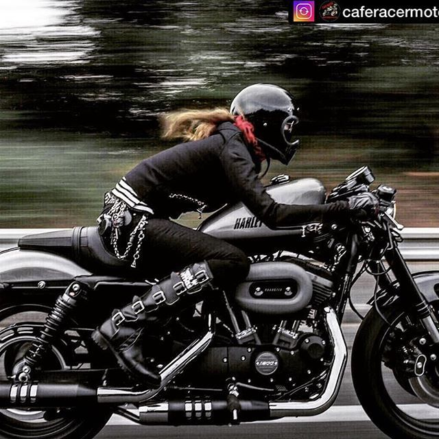 ♠️ Repost♠️ ♠️HD SPORTSTER1200 ROADSTER♠️ . @caferacermotorcycles 様よりFeatureしていただきました✨ . @caferacermotorcycles 様 Thank you somuch for featuing my poto✨ . ♥️♣️♦️♠️♥️♣️♦️♠️♥️♣️♦️♠️♥️♣️♦️♠️♥️♣️♦️ . こちらコメントcloseにさせて頂きます。 sorrycomment close sorry . 皆さん いつも暖かいお言葉、いいね、有難うございます . 「Keep On Rock 'n Roll ❤️♠️♦️♣️♬」 Candy . - Tag a friend who is like this . - Follow Us to see Top Cafe Racer @caferacermotorcycles ================================ Want a shoutout? TA...