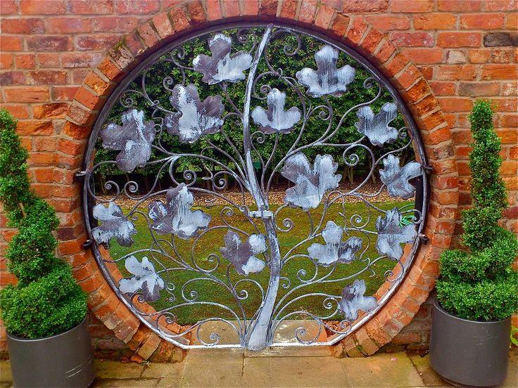 Fabulous circular gates - maple leaf design - David Freedman