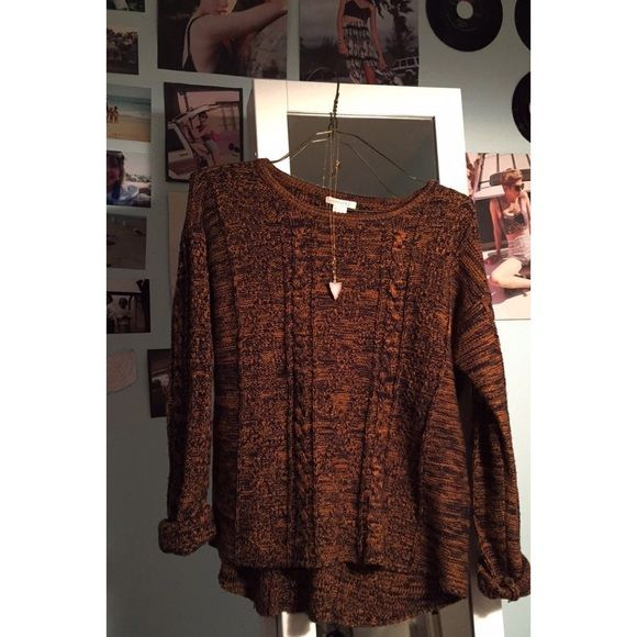 Forever 21 boho Sweater Super cute!  I wore it to a UVA game and got so many compliments saying it looked like it was from free people. Super soft and adorable! Purchased at the forever 21 in NYC. Selling for 14 on ♍️ercari Forever 21 Sweaters Crew & Scoop Necks