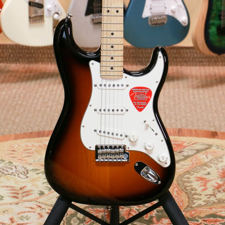 Fender American Special Stratocaster with Maple Fingerboard - 2 Color Sunburst with Gig Bag - Preowned