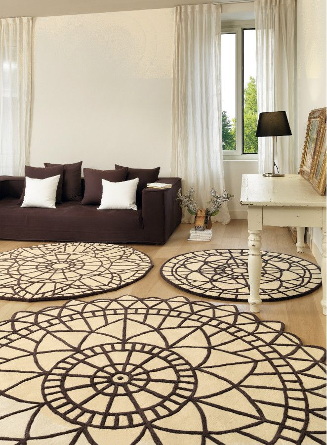 Round wool #rug with geometric shapes PORTOFINO by SITAP Società italiana tappeti | #design Natalia Pepe