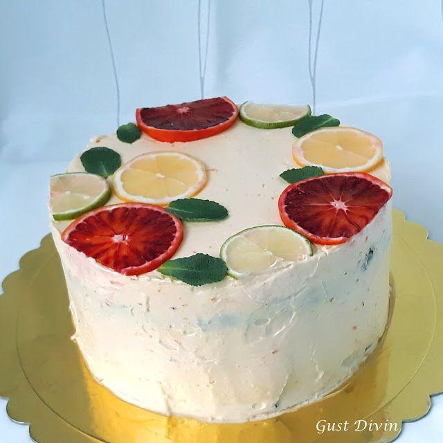 .: Tort cu portocale rosii