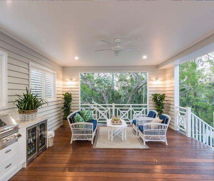 Sweet verandah perfection. Love the outdoor fridge - this is the deck / verandah I dream of. (@verandah_bd )