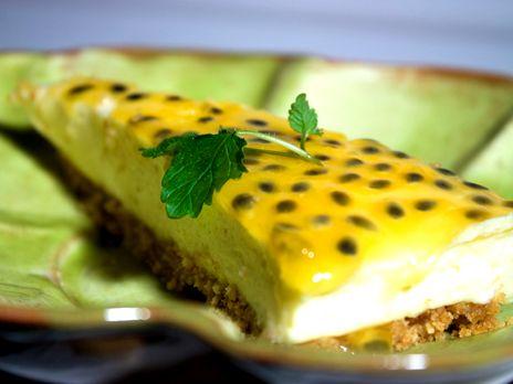 Cheesecake med passionsfrukt | Recept från Köket.se
