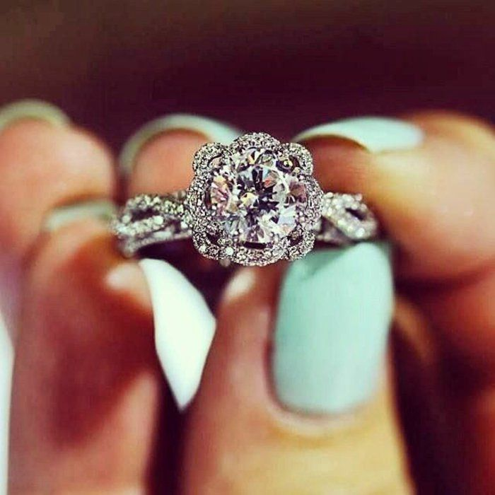 bague de fiançailles cartier avec diamants