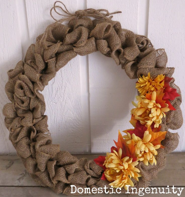 DIY burlap Wreath: