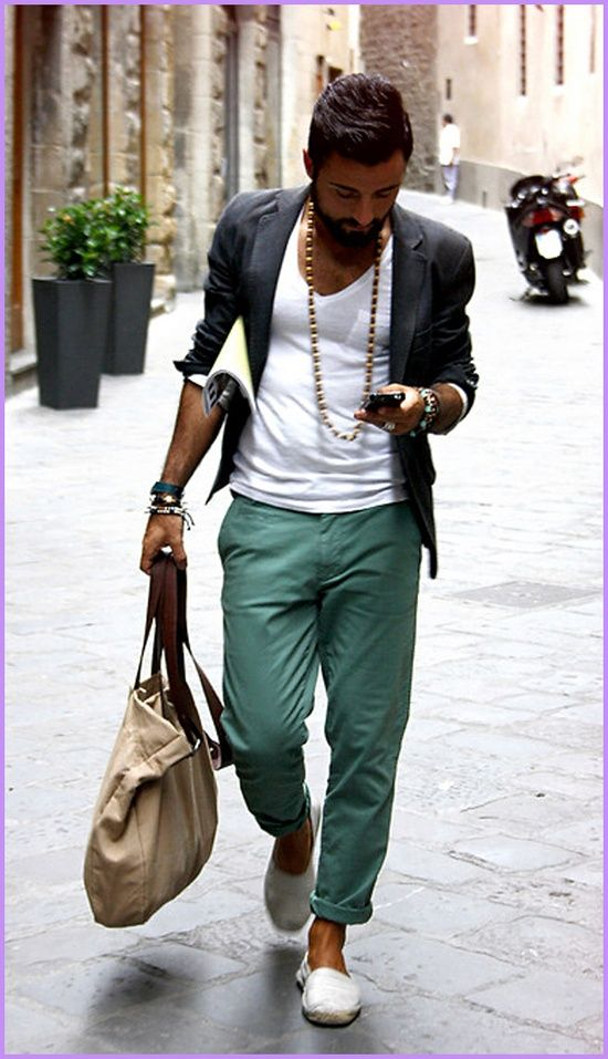 WHAT TO DO WITH A BASIC WHITE TEE   White tees are great with colored pants. Must try!