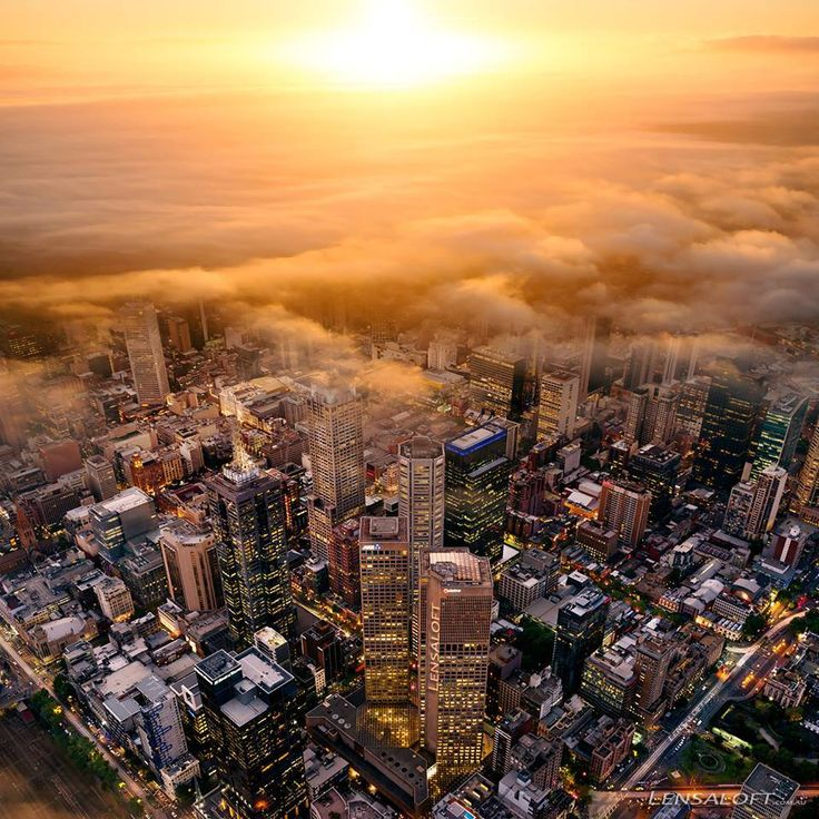 Captured overlooking Melbourne CBD.  Copyright: Andrew Griffiths, Lensaloft Photography