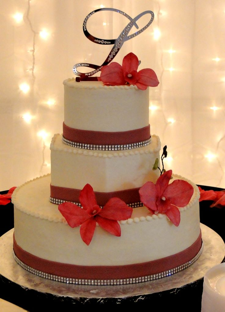 If You Are Looking For A Beautiful Wedding Cake That Reflects Your Own Style And Tastes Delicious Too Kalico Kitchen Can Be Of Service To