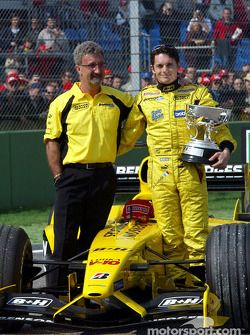 Eddie Jordan and Giancarlo Fisichella celebrate Brazilian GP win