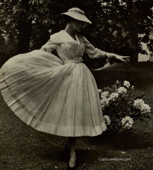 Jean Patou, 1954.