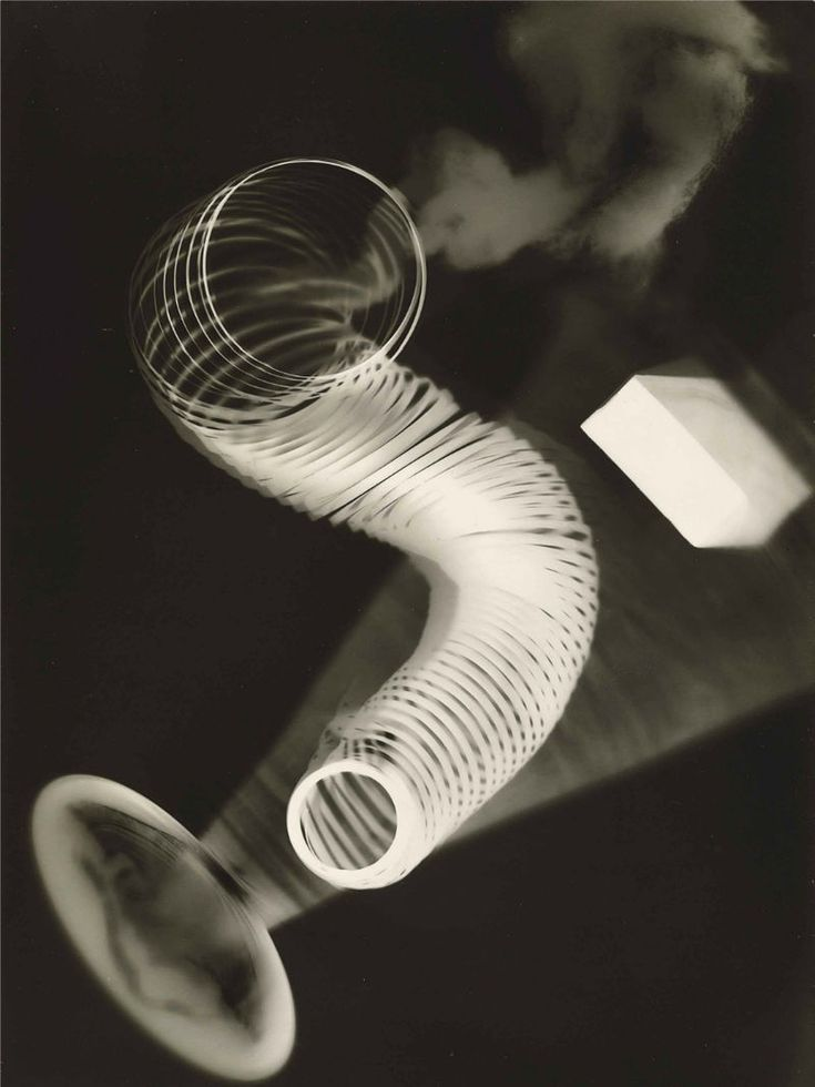 Man Ray, 1922, Untitled Rayograph - Man Ray - Man Ray, 1922, Untitled Rayograph, gelatin silver photogram, 23.5 x 17.8 cm