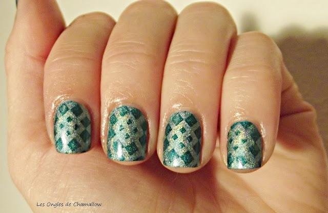 Les Ongles de Chamallow: Une agréable découverte, les vernis Pupa Holographiques http://lesonglesdechamallow.blogspot.fr/