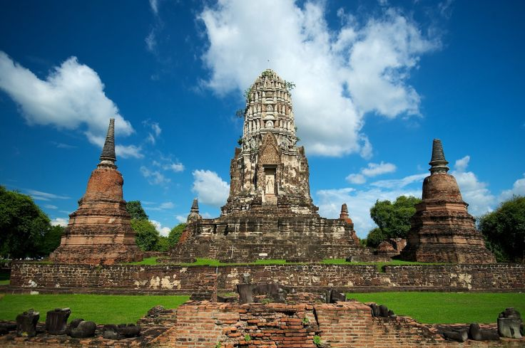 Ayutthaya Kingdom | Thailand - Ayutthaya Historical Park - Wat Ratchaburana — Fotopedia