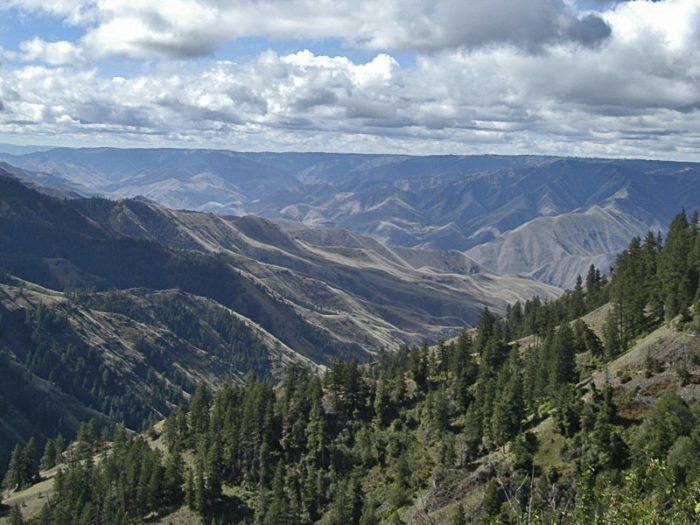 The Unrivaled Canyon Hike In Idaho Everyone Should Take At Least Once