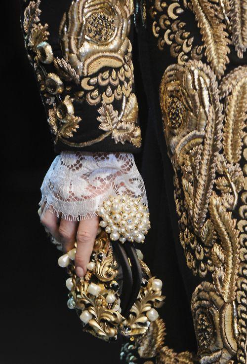 Versace, Details!!