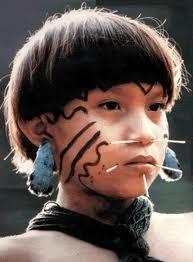 garoto Yanomami iniciado
