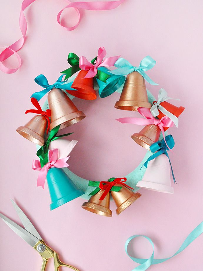 Painted Jingle Bell Wreath DIY  Crafts that I love Pinterest