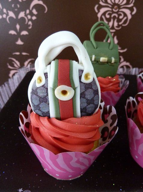 Gucci handbag cupcake