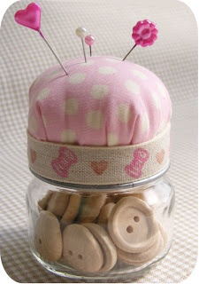 CraftPudding: tutorial - baby food jar pincushion
