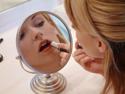 Tips para disimular ojeras, manchas y granitos en el rostrohttp://www.universomujer.com/nota/tips-para-disimular-las-imperfecciones-de-la-piel
