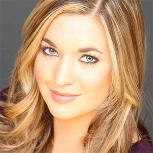 KATIE PAVLICH ⇨ Follow City Girl at link https://www.pinterest.com/citygirlpideas/ for great pins and recipes!  ☕