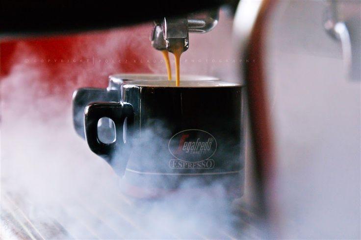 Pölcz Klaudia - kisklau: Kávé - Coffee